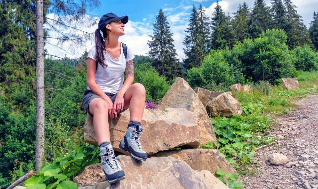 Best Hiking Boots for Women 2021: Reviews with Comparisons