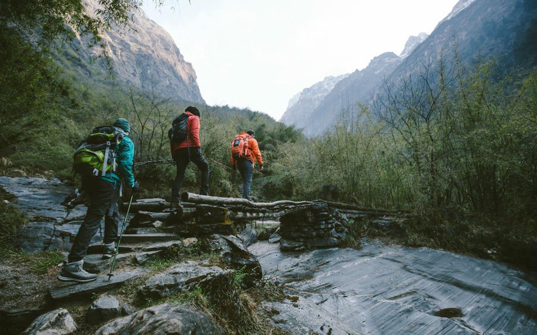 Best lightweight hiking backpack - three people hiking