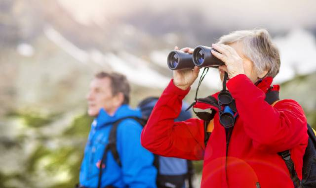 Best Hiking Binoculars in 2021 Reviewed